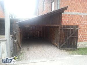 Garaza drvena