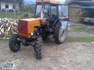 Traktor LTZ60