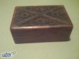 Drvena kutija škrinja za nakit