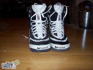 Buce Snowboard cipele VANS br. 39