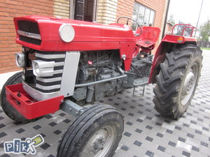 Traktor massey ferguson 165