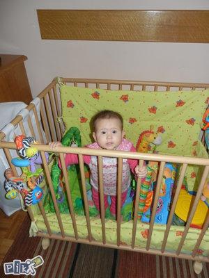 Drveni box *igraonica* za bebe