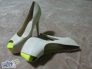 Bez cipele sa visokom petom