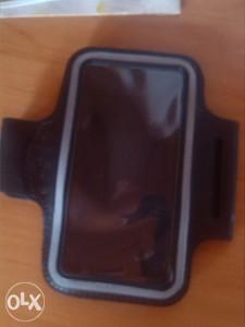 futrola za mobitel prilikom trčanja